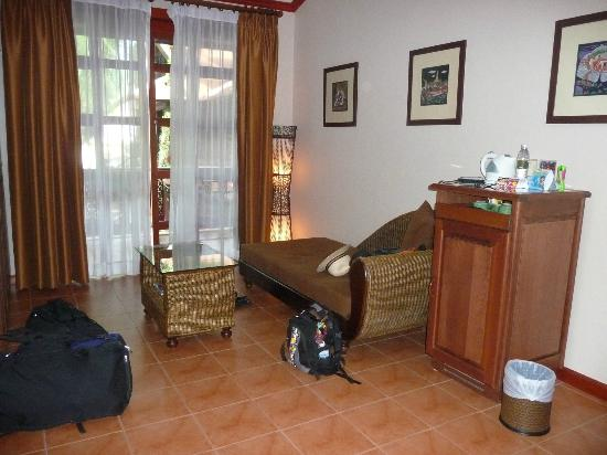 Royal Phawadee Village : Lounge area