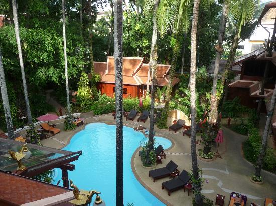 Royal Phawadee Village : View from room