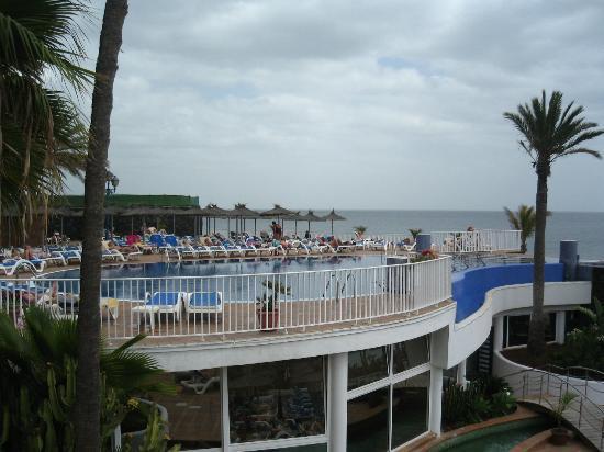 VIK Hotel San Antonio: Swimming pool