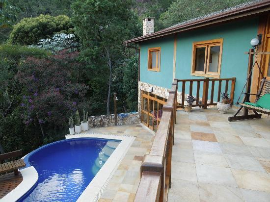 Solar da Ponte Verde: part of the house and swimmingpool