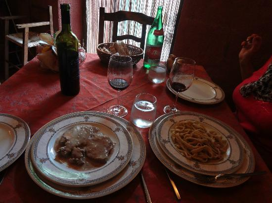 Le Grotte della Locanda: Part of our meal