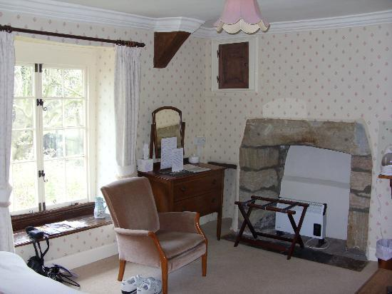 Yallands Farmhouse: room