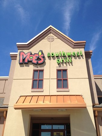 Moe's Southwest Grill: moe's