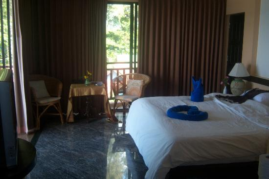 Lanta Sunny House Hotel - room photo 8800659