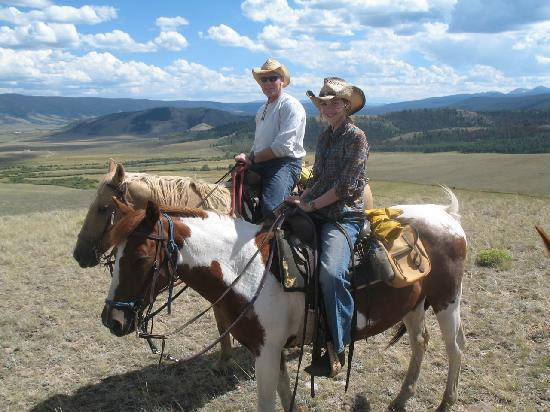 Laramie River Dude Ranch: Outstanding views from horseback