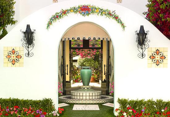 Spa La Quinta entrance
