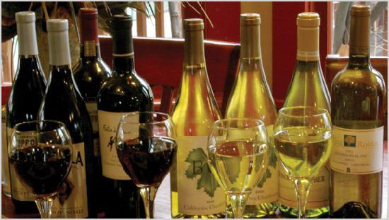 Smoky Mountain Pizzeria Grill: Happy hour specials every day Mon-Sun.
