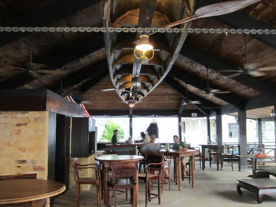 Hotel Club Commanche : commanche club bar