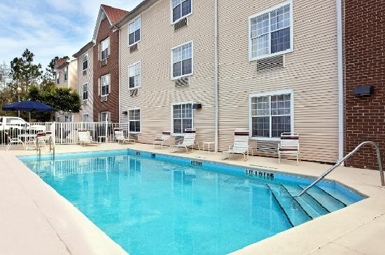 TownePlace Suites Tallahassee North/Capital Circle : Outdoor Pool