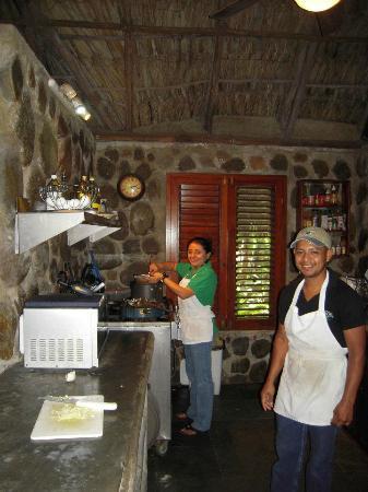 Las Cascadas Lodge : Olvin et Mirra. Deux personnes que je n'oublirai jamais