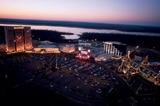 Tunica's nine casino resorts offer 24/7 excitement.