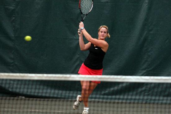 Tunica National Golf & Tennis offers indoor tennis courts for year-round play.