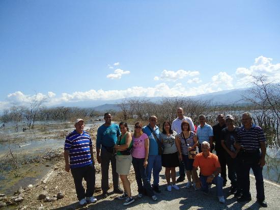 Lake Enriquillo (Lago Enriquillo): hacia jimani