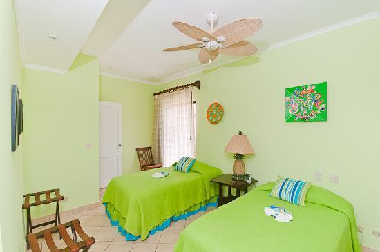 Condominio Sunrise Tamarindo: Sunrise Condos