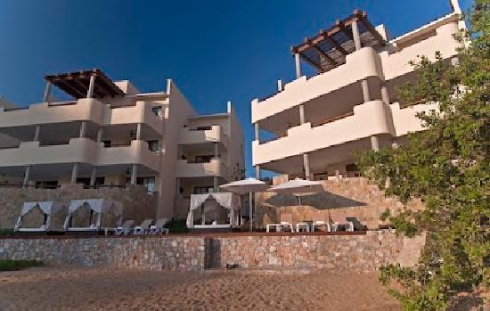 Celeste Beach Residences & Spa: Looking back from the beach