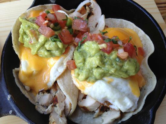 Toast Bakery Cafe: tacos