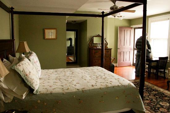 写真Hopkins Ordinary Bed & Breakfast枚