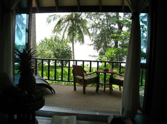 Koh Jum Beach Villas: Beach view from Baan Chai ley