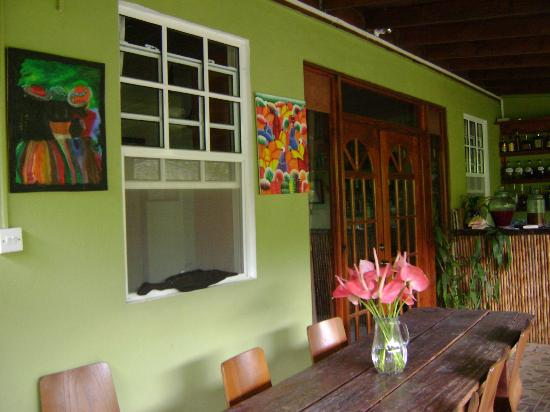 Hibiscus Valley Inn: restaurant area for dining