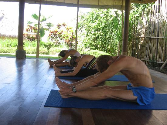Bali Elements: Yoga to tretch and strengthen