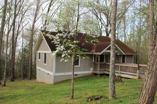 Pine Mountain State Resort Park: 2 bedroom cabin