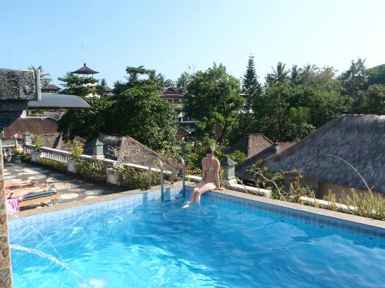 Semawang Beach Hotel: Pool