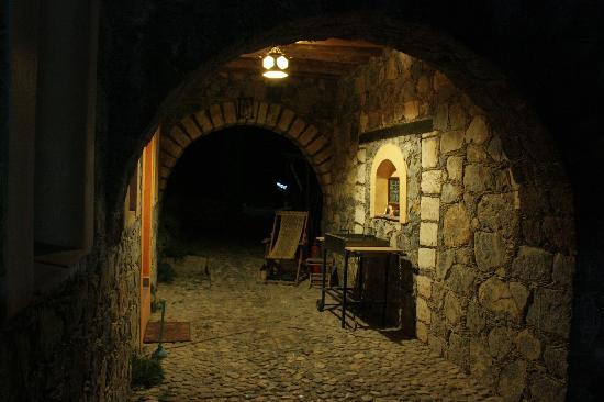 Refugio Romano: El refuigo en la noche
