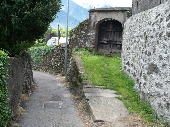 Casa Visnenza: alrededores