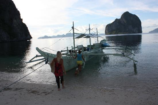 Malapacao Private Island: boat in local style, belongs to island