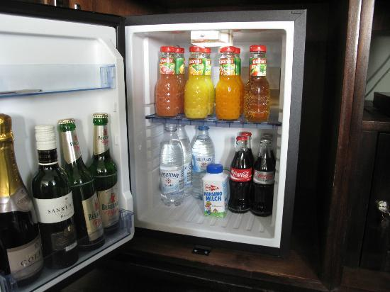 Soho House Berlin: Mini Bar. Free Water and Milk