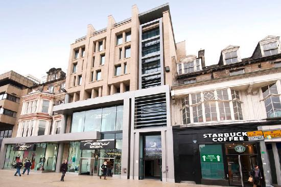 Premier Inn Edinburgh City Centre Princes Street Hotel Updated 2018 Reviews Price