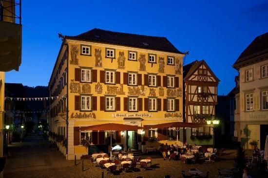 Hotel Karpfen: Außenansicht Nacht