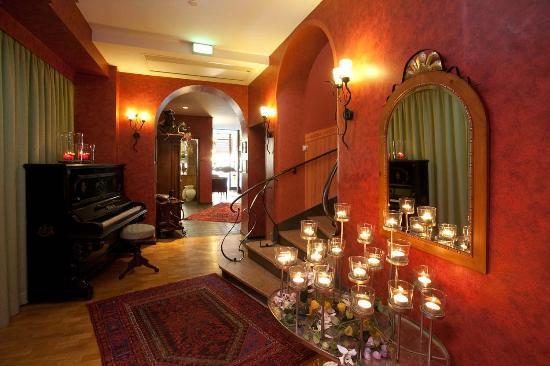 Hotel Karpfen: Lobby