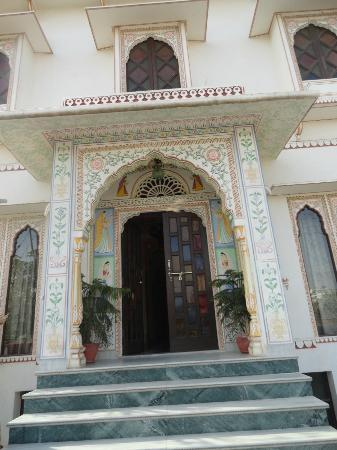 Tordi Haveli: Gorgeous detailed design!