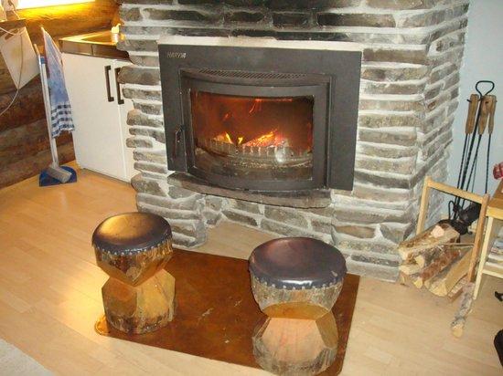 Lapland Hotel Akashotelli: Log fire, nice and cosy