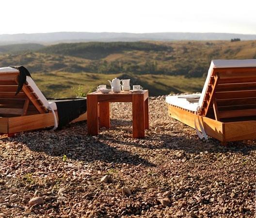 Los Reartes, Argentina: desayuno contemplando el majestuoso paisaje
