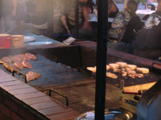 Santa Marina: Fisch und Fleisch vom Grill