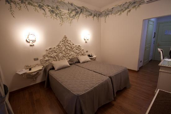 Hotel Art Atelier: room