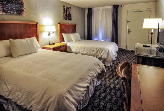 Howard Johnson Scottsdale Old Town: Double Bed Guest Room
