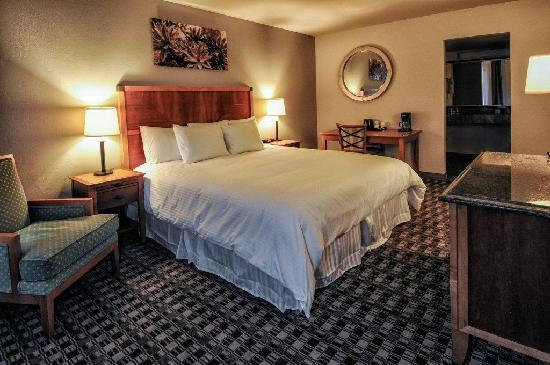 Howard Johnson Scottsdale Old Town: King Guest Room