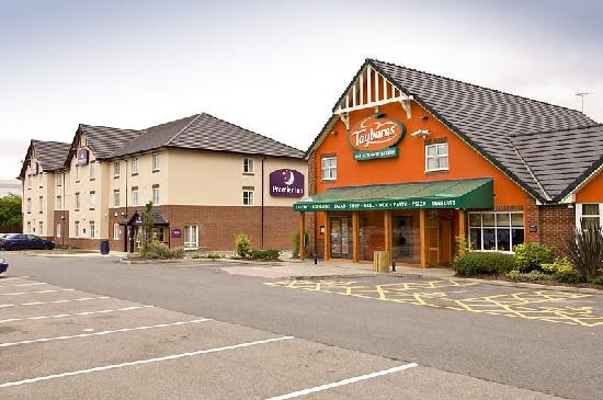 Premier Inn Coventry (M6, Jct2)