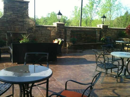 Fairfield Inn & Suites Elkin Jonesville: patio