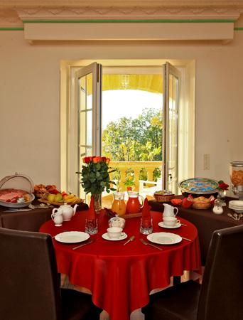 Hôtel de la Pagézie : Salon petit déjeuner