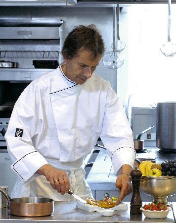 Hotel Restaurant de la Basilique : Restaurant de la Basilique:4° génération de cuisinier !