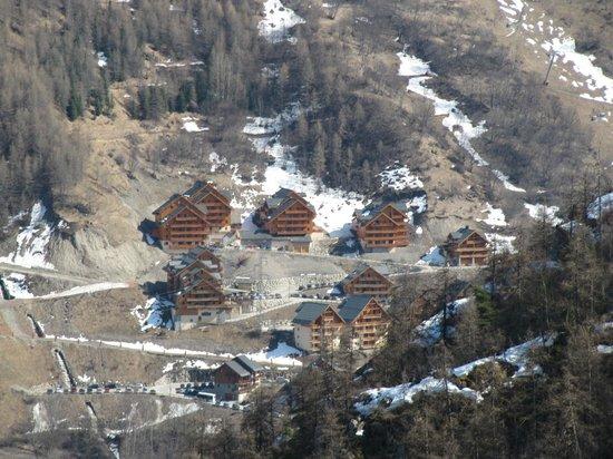 Résidence Odalys Le Hameau et les Chalets de la Vallée d'Or : eind maart was er geen dalafdaling naar de chalets mogelijk