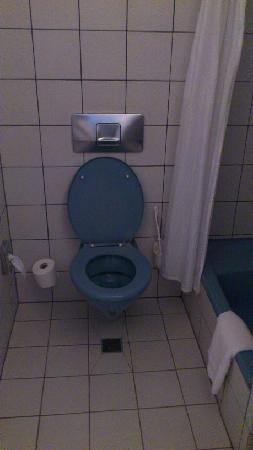 M & A City Hotel Hildesheim: Toilet
