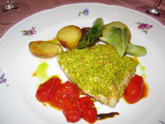 Florence Restaurant: sea bream with pistachios