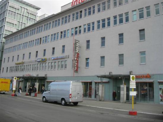 InterCityHotel Berlin Ostbahnhof: Die Zimmer befinden sich in der 1. und 2. Etage