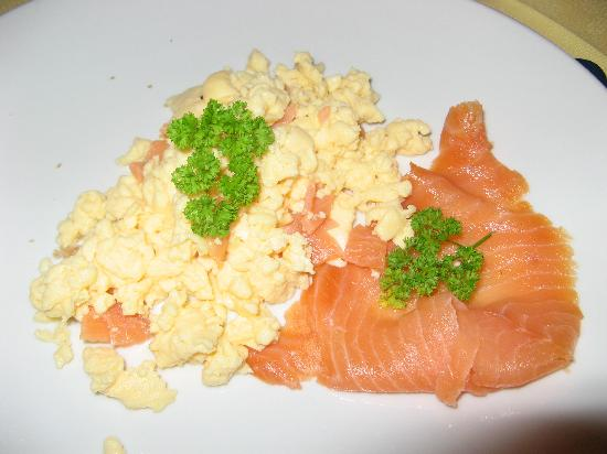 Amble House: Eggs and Smoked Salmon for you?