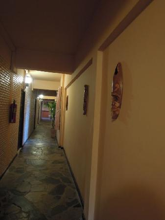 Jasmine Hotel Pattaya: Corridor on my floor